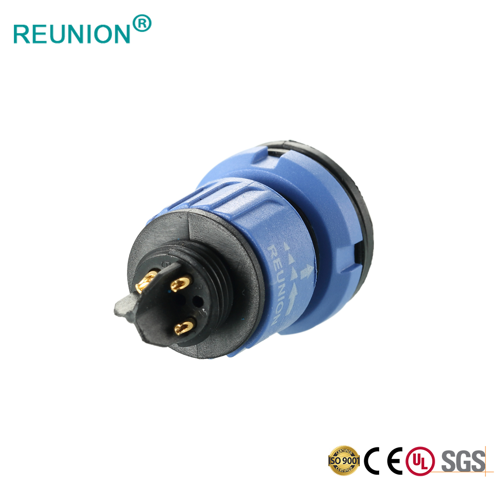 REUNION X Series - Waterproof type outdoor running robot power supply and signal connector